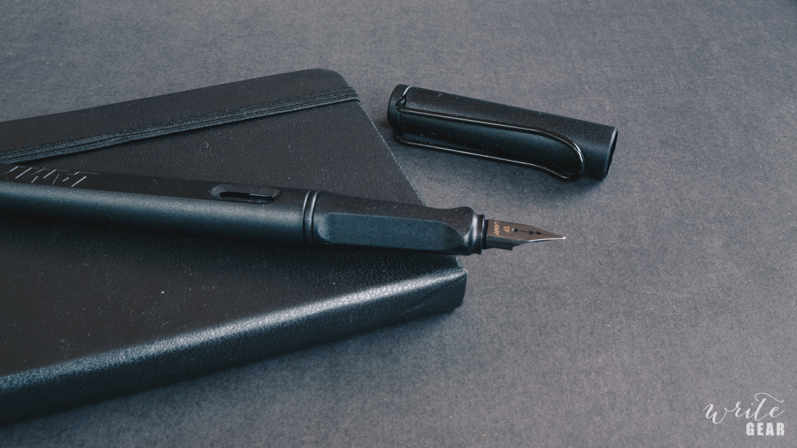 Lamy Safari All Black Uncapped on Moleskine Pocket Sketchbook