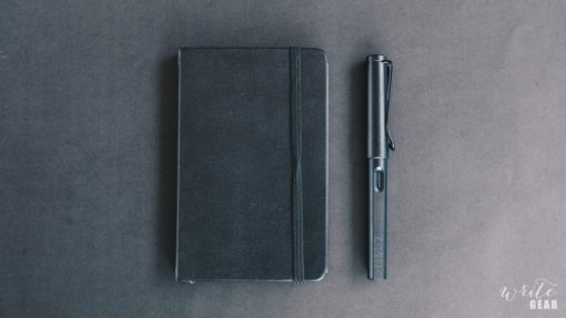 Lamy Safari All Black and Moleskine