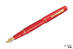 Leonardo Momento Zero Fountain Pen - Corallo Mediterraneo with Gold Trim