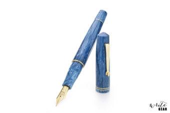 Leonardo Momento Zero Fountain Pen - Positano Blue with Gold Trim