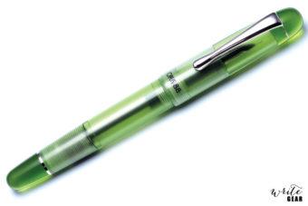 Opus 88 Picnic Fountain Pen in Green colour